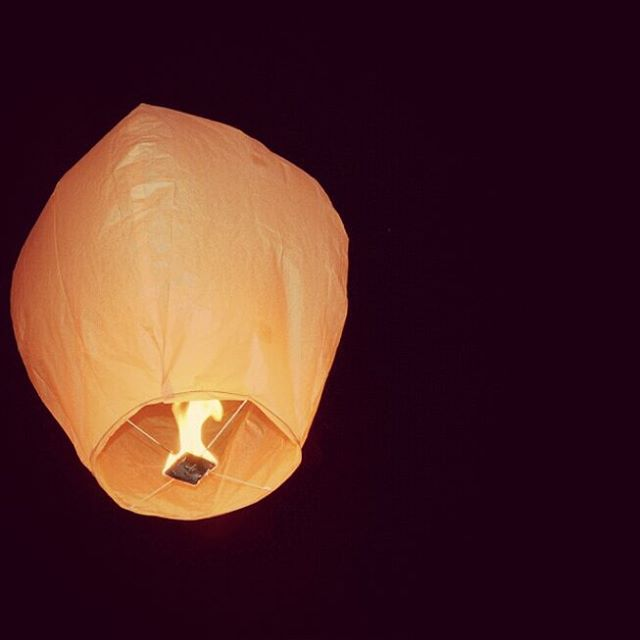 Invece dei fuochi dartificio delle lanterne cinesi a cui affidarehellip