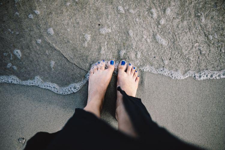 Pediluvio e scrub per i piedi