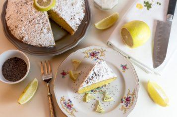 Torta all'acqua e limone: per vegani e intolleranti