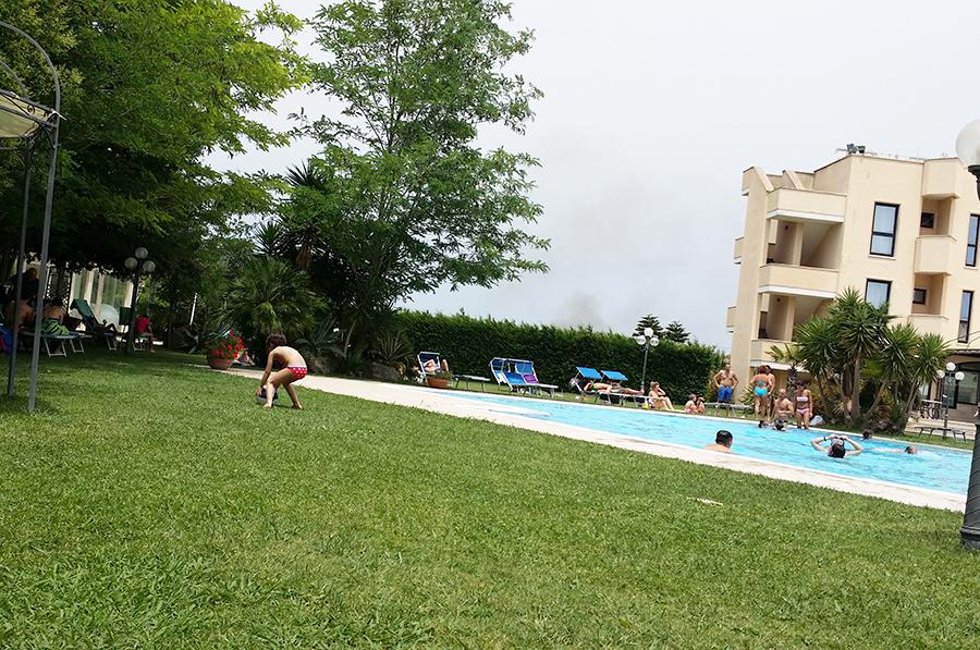 festa-compleanno-piscina