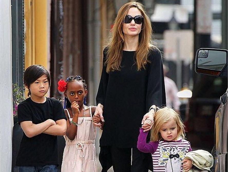 Mamme e leader: Angelina Jolie