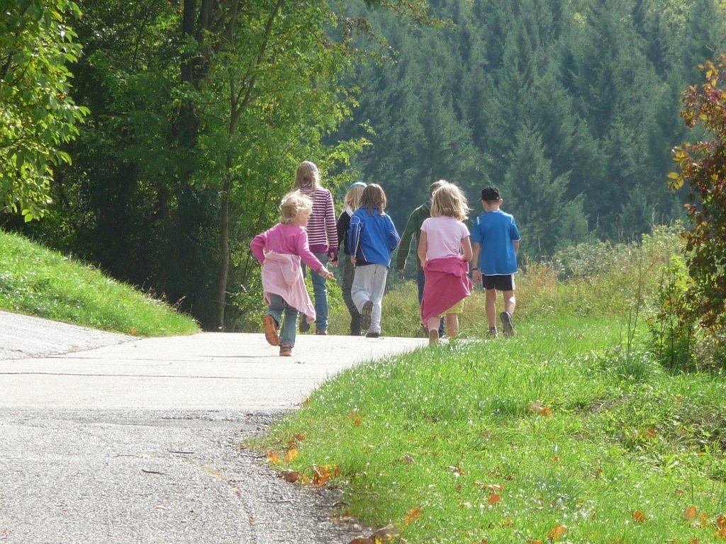 bambini-in-gita-scolastica