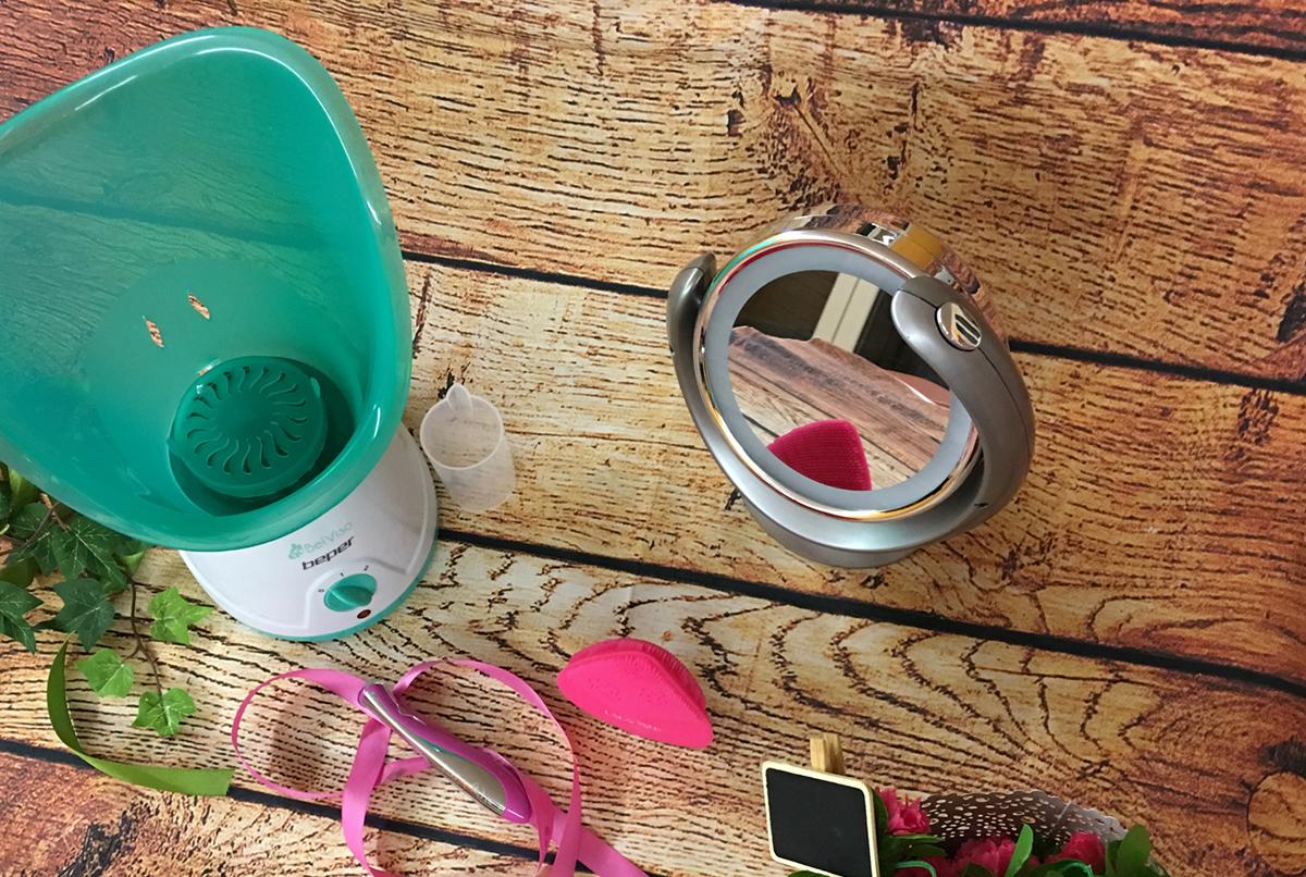 Beauty routine viso sauna facciale