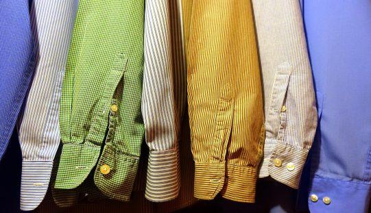 Guida alle taglie delle camicie da uomo