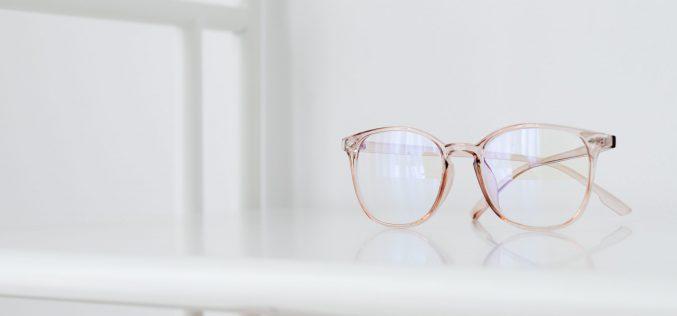 Come lucidare la montatura degli occhiali in acetato